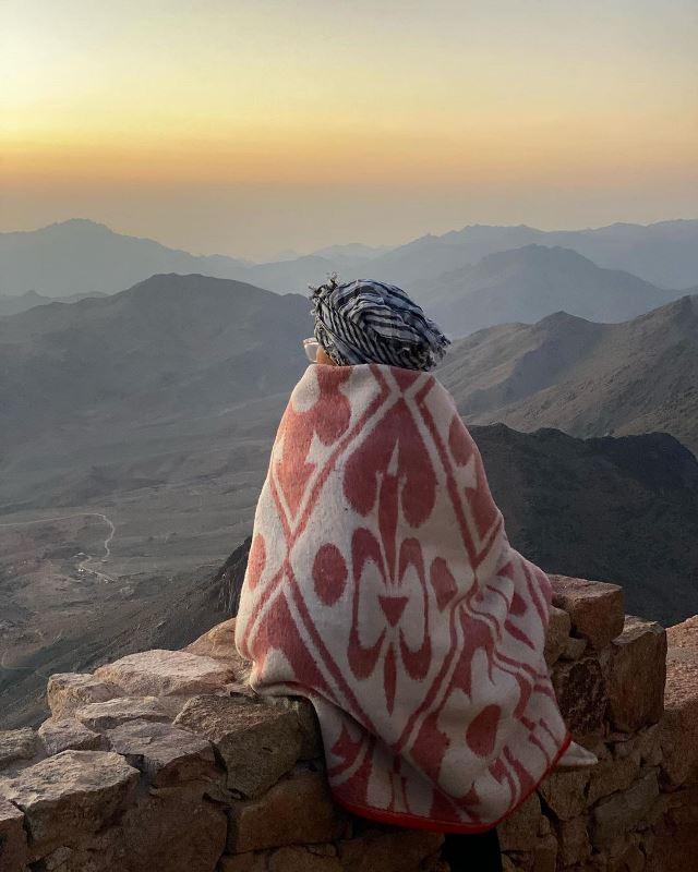 Встреча рассвета на горе Моисея на Синае