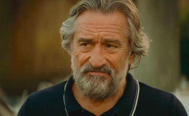 Нестареющий Роберт де Ниро в привычной роли гангстера, осевшего в Нормандии.
