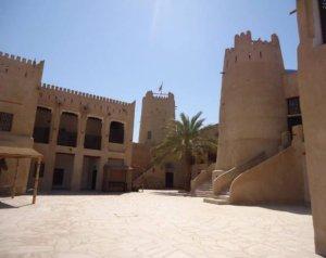 Внутри древней крепости