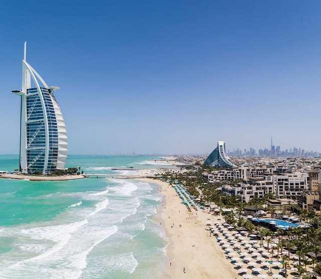 Пляж Jumeirah Beach - лучший в Дубай.