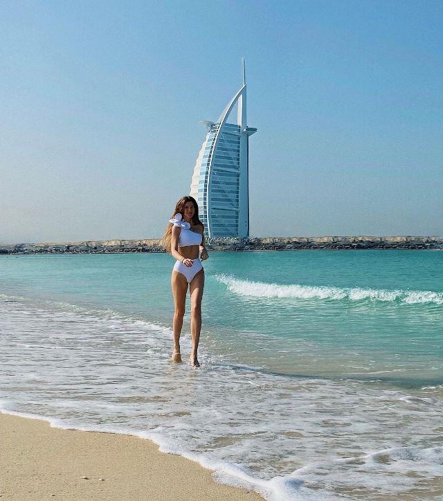mila.peachy • Dubai, United Arab Emirates