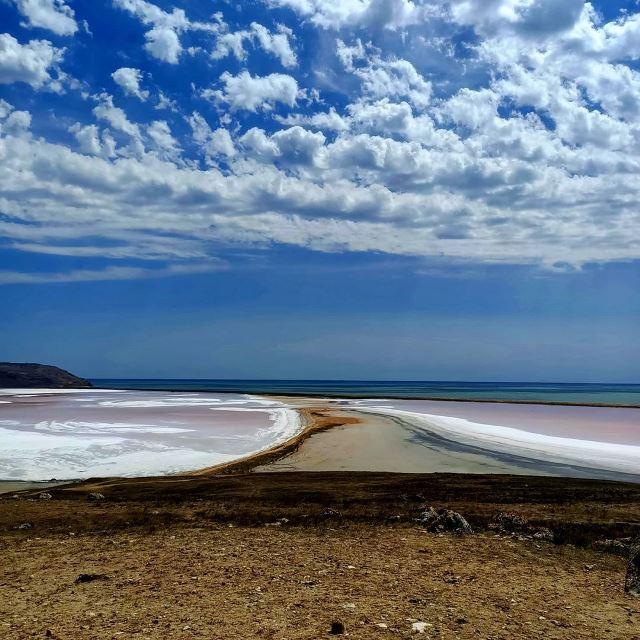 Кояшское озеро и Чёрное море в Крыму