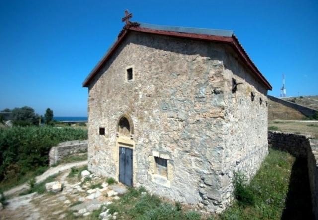 Вид на Храм Святого Дмитрия Солунского