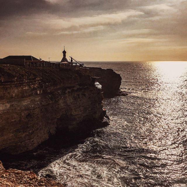 Вид на Большой Атлеш. Тарханкут, Крым