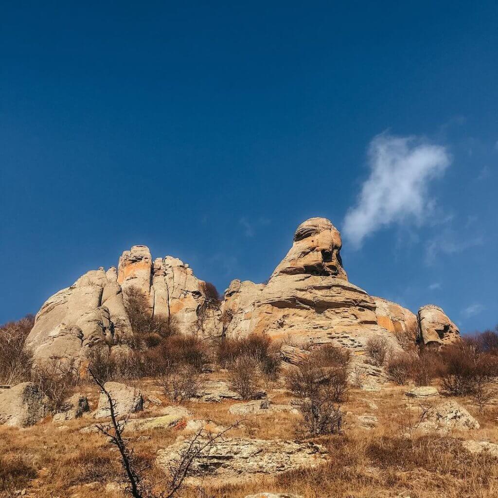 скульптуры на Южной Демерджи