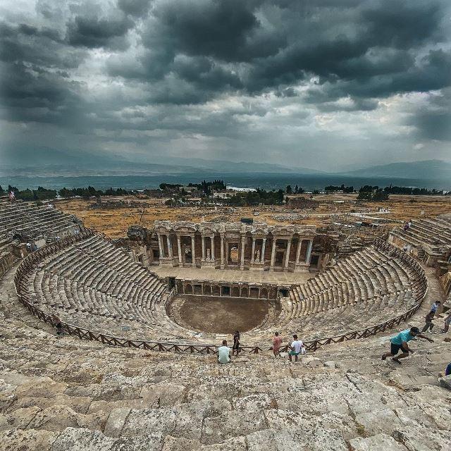 Остатки античного театра в Иераполисе
