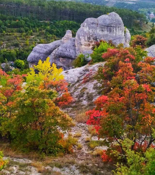 Осеннее буйство красок в Крыму