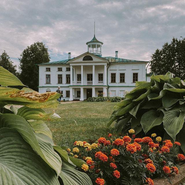 Усадьба Карабиха в Ярославской области